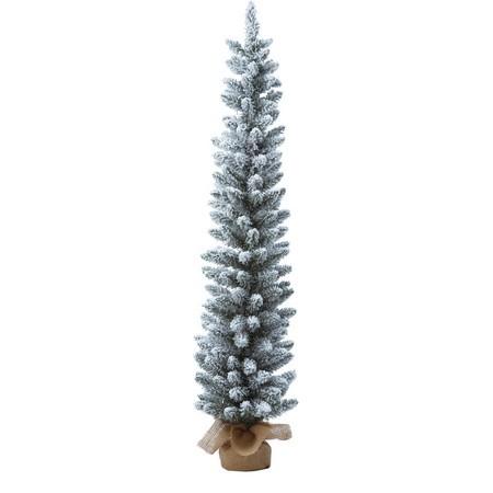 根元を麻で包んだ、雪化粧した120cmのスリムツリーです。