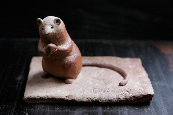 山村富貴子 備前焼作品 「リオコメネズミ」