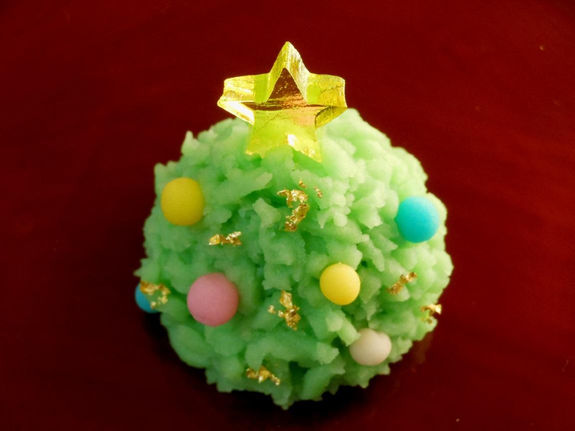 クリスマスツリー型のきんとん