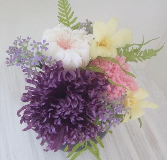 珍しい大輪の菊のプリザーブドフラワー