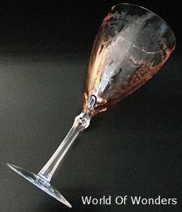 とても美しいグラスです
