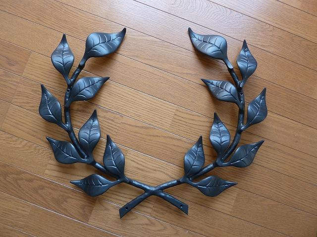 アルミ製妻飾りFタイプ正面からの画像です。