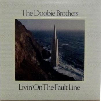 The Doobie Brothers/7th Album/US orig Warner Bros. BSK3045/1977<div>ドゥビー・ブラザースの7作目 USオリジナル</div><div>マイケル・マクドナルドが益々バンドを支配し始めています。 &nbsp;</div>
