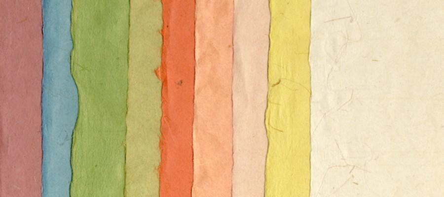 左からアズキ・青・緑(濃)・緑(淡)・赤・オレンジ・ピンク・黄・生成