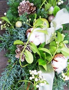 白色見本※花材はお任せになります。