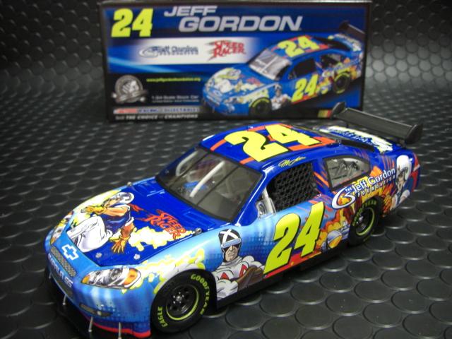 ☆ACTION社製 1/24 NASCAR 2008 シボレーインパラ<br>★めずらしい「マッハGOGO」カラー入荷!お勧めの商品です!グラフィックの美しさは最高!実物見れば納得のクォリティーです。<br>◇J.ゴードンファンのスペシャルカラー。懐かしくてカッコ良い「マッハGOGO」のインパラSSです。超希少モデル!◇エンジンフード、ルーフフラップ、トランク開閉。<br><div>◆ジェフが引退した今、#24のモデルはアメリカで価格が高騰中です。すでに現在当社に在庫の有る商品は発売当時の仕入れ価格から算出されています。このような希少モデルはものすごくお買い得な価格設定となっております。ただし在庫は1台のみです、売り切れにはご注意くださいね。</div>