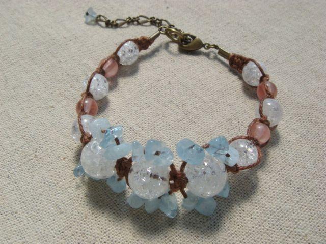 ピンク&ブルー&ホワイトの爽やかな組み合わせ。