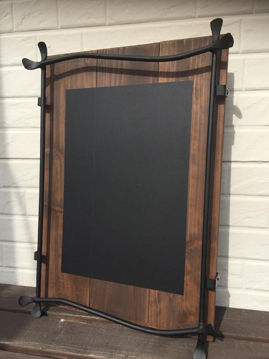 黒板カスタムも可能です!!日替わりメニューやお店のインフォメーションなど書き換えも思いのまま