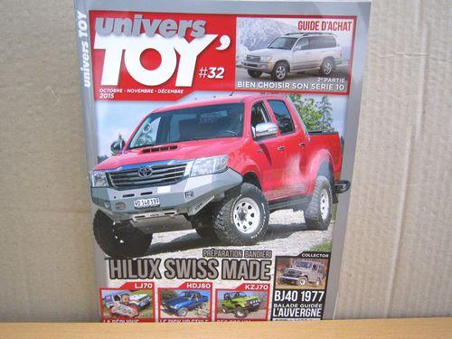 <p>フランスのヨンク雑誌、univers TOY #32号。 2015年10月~12月販売号</p><p>新品、未読品。年間4回の販売。 トヨタのヨンクの記事が満載。今号の表紙は新型ハイラックスWキャブ。</p><p>今回の記事は、200ワゴン、80ノピック、タミヤノパリダカプラモに似せたLJ70、BJ40などランクルだらけ。               </p><p>フランス語の記載ですが、98ページのフルカラーです。</p><p>フランスより直輸入品につき、為替の関係で価格の変動があります。                          未読品ですが、輸送途中に付いた、折れや曲がりなど、                                 多少のダメージの有る物がありますので、ご了承ください。</p>