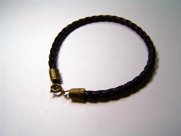 DG-RB-01  材質:合皮  カラー:Black  ひも長さ:15cm、16cm、17cm、18cm、19cm、20cm