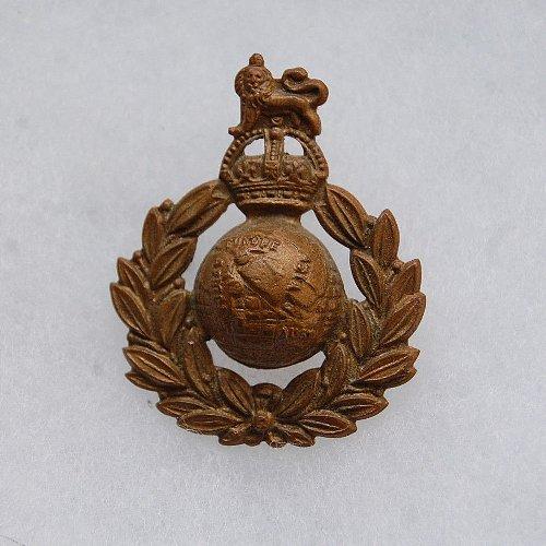 第2次大戦イギリス軍(英連邦軍)のロイヤル・マリーン帽章・ベレーバッジの実物です。<div>英国からお取り寄せ:2週間~3週間</div>