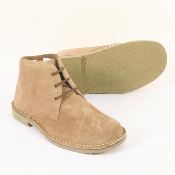 WW2英軍デザート・アンクルブーツ<br />中東などの砂漠地帯で黒革アンモ・ブーツと共に<br />多くの部隊により使用されました。<br /><br />スェードのアッパーにラバー・ソール