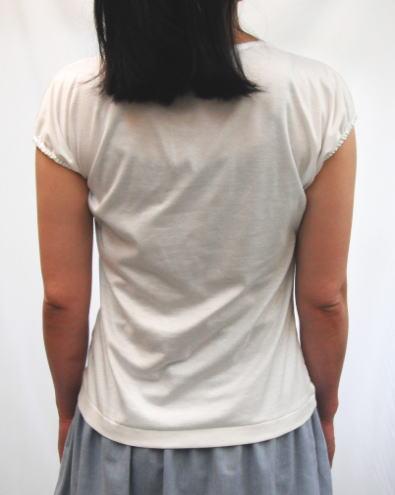 ねじりフレンチTシャツ後ろ