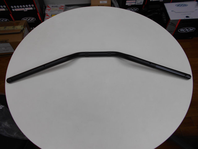 V7Stone標準装着、つや消しブラックハンドル