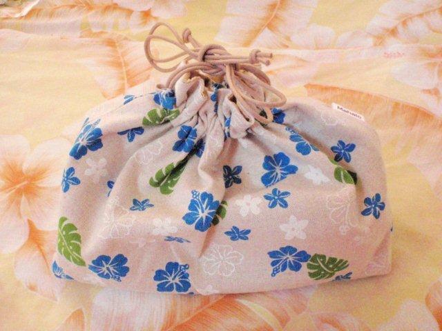 タロットを入れる かわいい 巾着をプレゼント中です