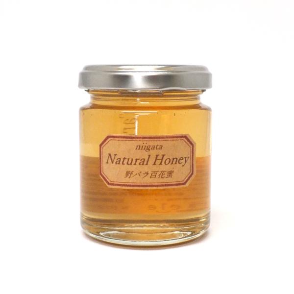 <div>野バラとアカシアの花から採れた蜂蜜。野バラの爽やかな酸味とアカシアの上品な風味のバランスが絶妙です。紅茶やヨーグルトにどうぞ。</div><div>野ばらの花言葉は「素朴な愛」「優しい心」「孤独」「才能」「厳しさ」など。<br />アカシアの花言葉は「慕情」「優雅」「親睦」「友情」「頼られる人」「甘い誘惑」など。</div><div><br></div><div>新潟県はちみつ共励会アカシアの部6年連続優秀賞受賞の近藤基道氏が採蜜。</div>
