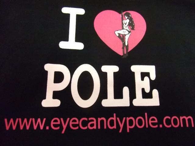 フロントには大きく I LOVE POLE!!