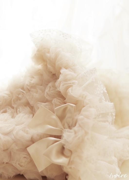 ☆Ivoire(イヴォアール)☆フランス語で『象牙』の意味を持つIvoire(イヴォアール)。ベージュとアイボリーの中間くらい、優しくて上品で、可愛いご家族さまみんなにお似合いになる美しいお色です♪