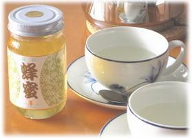 岐阜県産のアカシアはちみつ。結晶化しにくい。