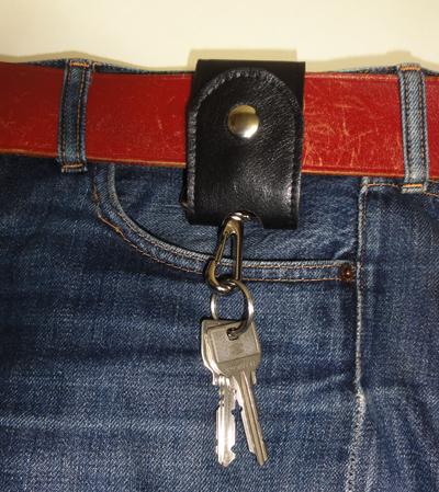 こんな感じで装着しま~す!鍵は私物。心の鍵のピッキングにご注意あれ。