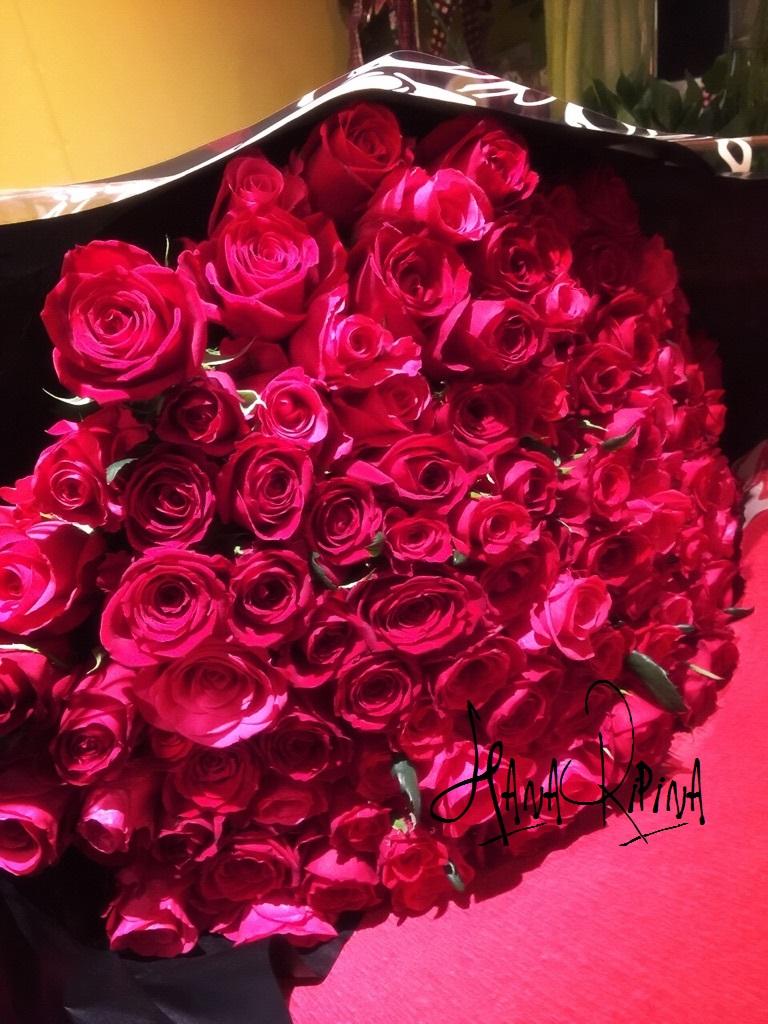 真紅のバラ108本!です