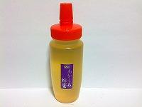 <p>国産はちみつの中でも、癖が無くとても飲みやすい人気のあかしあ蜂蜜!秋田県鹿角が国内最大の群生地で生産量もトップです。上品な甘さが独特で料理にもとても合います。</p>