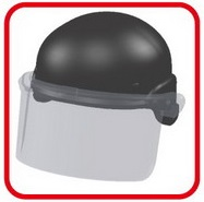 M2002K:ライオット対応ヘルメットとの併用例