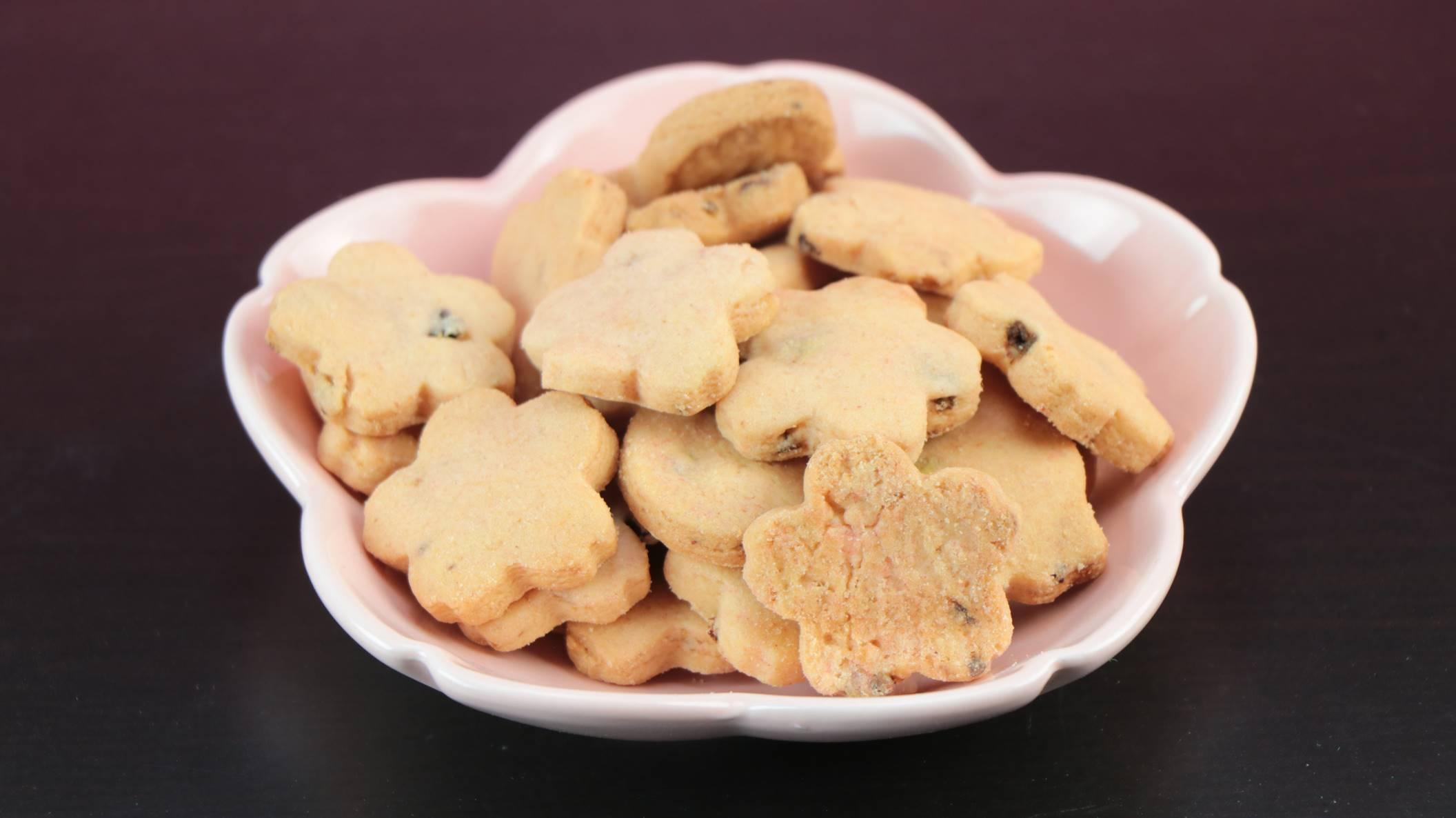 志ぐれ煮入りクッキー桜