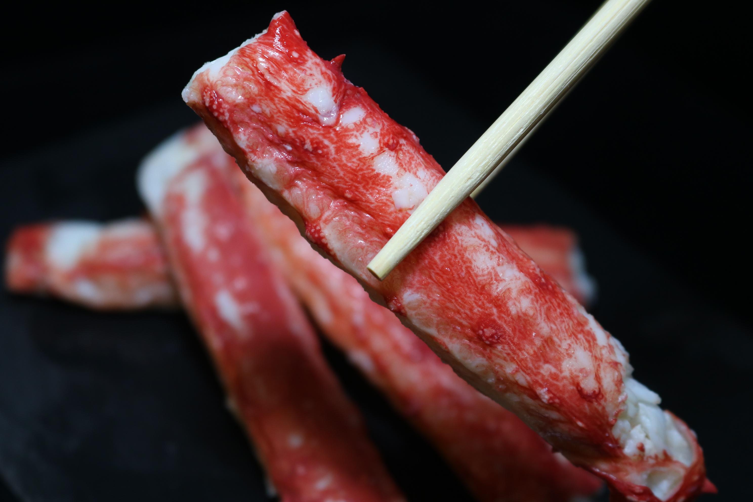 <p>カニの王様たらばがにの棒肉だけを贅沢に真空パックしました。</p><p>食べ応えのある棒肉を是非ご賞味ください。</p><p>※こちらの商品は冷凍品になります。</p>