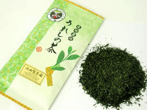 自園で育てたお茶の葉を丁寧に仕上げた自慢の逸品です。ギフトにお勧めです。