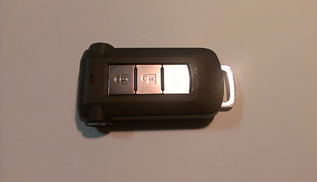 こちらのスマートキーに合わせて専用設計しております。