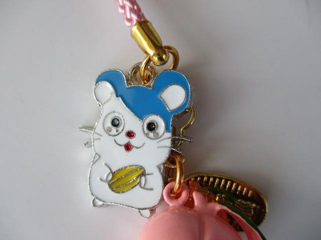 何とも愛らしいネズミが桃鈴とコラボしました。