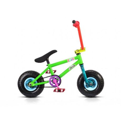 """<p>ROCKER BMX IROCK </p><p>ミニBMX 今話題の本格的 なミニBMXです。</p><p>スケートパーク などでも遊べる本格的マシーン</p><p><br></p><p>カラーFUNK グリーン ブルー イエロー</p><p><br></p><p>こちらは別途送料が掛かります。</p><p>フレームNew light-weight Hi tensile steel frame / forks with short back end<br>ステムFront load stem with forged face plate<br>フォークThread-less forks<br>ハンドルバー10inch x 28inch bars<br>ペダルPlastic BMX pedals<br>グリップKraton rubber grips<br>ギア30/14 gearing (for high speeds - up to 15 mph<br>ベアリングSealed cartridge wheel bearings<br>クランク1 piece hi ten forged steel cranks<br>ボトムブラケットUSA BB<br>シートFat padded seat<br>ウィールBrand new design steel 3 piece wheels with very loud freewheel<br> (new wheels roll much faster than the previous Rocker wheels for higher speed on ramps or just chilling)<br>タイヤNew Pneumatic 10inch chunky tyres<br>チェーンColour matched KMC chain<br>重量Weight 9.5 kg (20.9 lbs) a saving of 3.3 lbs on the original Rocker</p><p><br></p><p>北海道、九州地方 1500円</p><p>関西地方、近畿地方 中国地方 1370円</p><p>その他 一律1000円</p><p><strong><font color=""""#ff0000"""">売切れました。</font></strong></p><p><br></p>"""