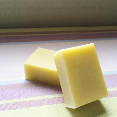 栄養価の高いアボカドオイルをたっぷり使ったbaby石鹸