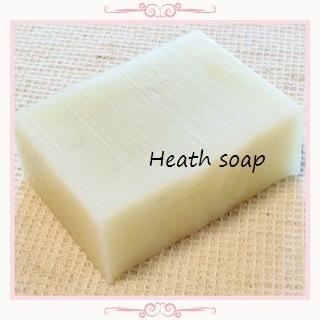 オーガニックのヒース抽出オイルがメインの石鹸です。