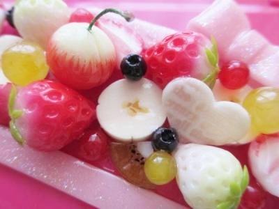 美味しそうな瑞々しいフルーツたち