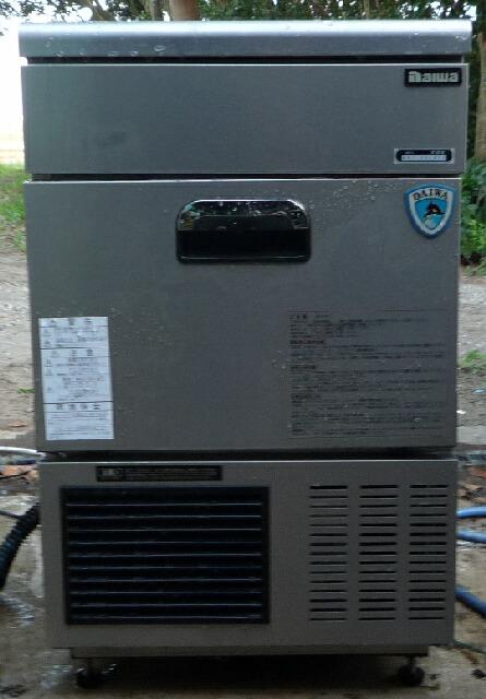<div>中古大和冷機35kg製氷機(503×450×800)</div><div>商品は動作確認済みです。(ポンプモーター新品です。)</div><div>商品多少のクリーニングしてあります。</div><div>商品は中古ですので使用感・多少のキズ・サビなどあります。</div><div>商品はご入金確認後(落札代金+運送費+8%)の発送となります。</div><div>運送費に関しましてはご質問頂ければおおよその金額ご連絡させて頂きます。</div><div>※直接引き取りも可能です。</div><div>※運送会社運送費値上げの為ご購入者様側での運送会社手配をして頂いても構いません。(落札後の運送費のご提示は致しません。)その際の発送に関する梱包などは致しませんのでご了承ください。<br></div>