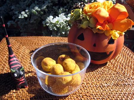 ほんのりかぼちゃの甘みを、モチモチ楽しい食感で味わえます♪