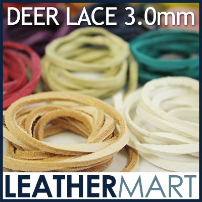 """鹿革は細い繊維が絡み合っているのでレースにしても非常に柔らかく、かつ丈夫です。インディアンのアクセサリー用に編みこんでブレスレットやフリンジなどに使用されています。<br><br>カラー:黒、白、インディアンホワイト、ヌメ色、赤茶、金茶、赤、スカイブルー、ダークグリーン、<span id=""""docs-internal-guid-5185f038-0b27-9216-e04f-5d86bea846fa"""" style=""""margin: 0px; padding: 0px; color: rgb(51, 51, 51); font-family: Verdana, '?q???M?m?p?S Pro W3', '?l?r ?o?S?V?b?N', Osaka; font-size: 12px;""""><span style=""""margin: 0px; padding: 0px; font-family: Arial; vertical-align: baseline; white-space: pre-wrap;""""><font size=""""2"""" style=""""margin: 0px; padding: 0px;"""">焦茶、中茶、緑、オリーブ、青、パープル、ローズピンク、ライトピンク、レモンイエロー、黄</font></span></span><font size=""""2"""" style=""""margin: 0px; padding: 0px; color: rgb(51, 51, 51); font-family: Verdana, '?q???M?m?p?S Pro W3', '?l?r ?o?S?V?b?N', Osaka;""""> の全19色</font><br><br>巾:3mm 長さ:95cm以上(約100cm) クロム鞣し"""