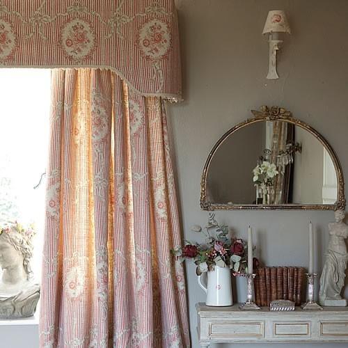 Kate Forman -Cameo & Ribbons Tuscan Pink- ケイトフォーマン*カメオ&リボン*ツーカンピンク生地