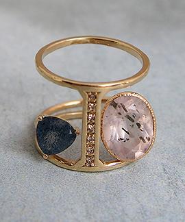 Dicre Ring と重ね付けができます。