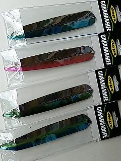 上から#04ブルーシャッッド、#05ピンクシャッド、#06メタルケタバス、#07セクシーシャッド。
