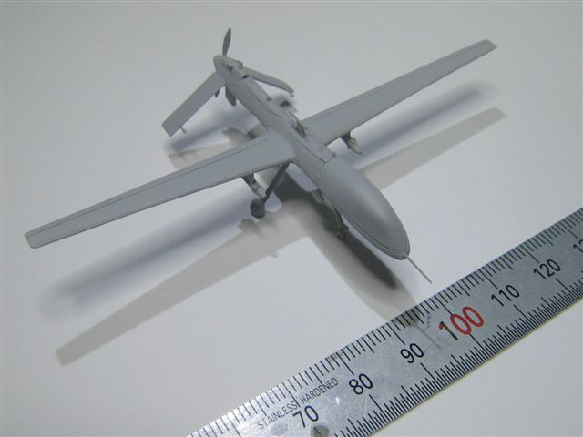 ミサイルを装備した攻撃型をモデライズしました。