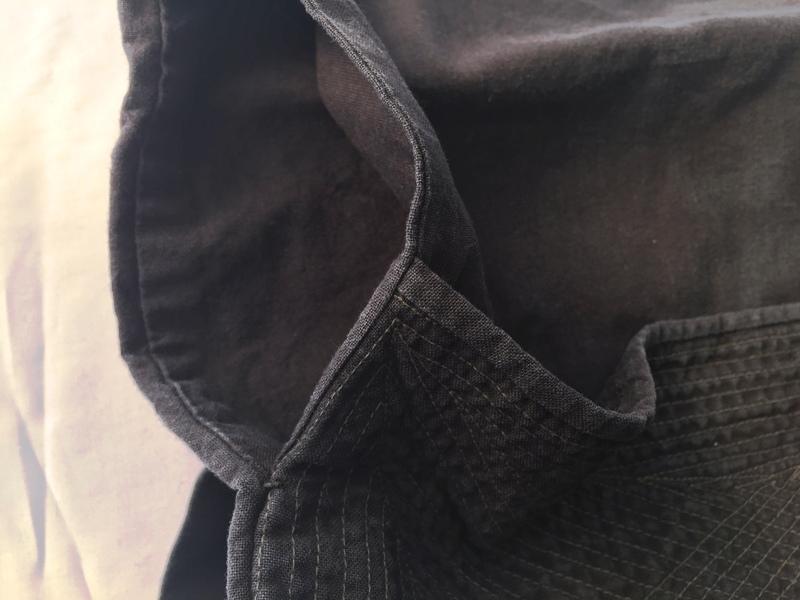 オーダー祭り腹掛 脇部詳細 脇からのポケットが付いています。(岩紺河内木綿)