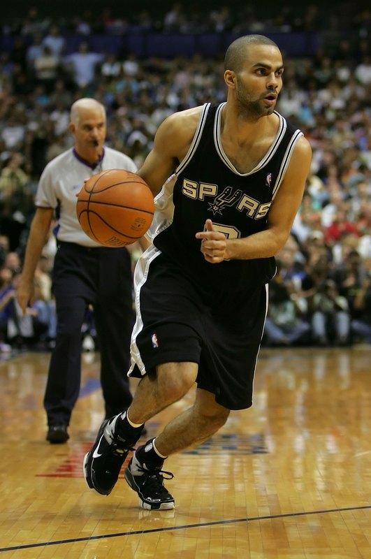 <div>2007年NBAファイナル</div>6/7~6/14 全4試合<div>サンアントニオ スパーズ vs クリーブランド キャバリアーズ</div><div><div><br></div></div>