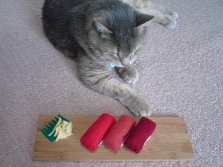 猫用またたびおもちゃ     【まぐろにぎりセット】