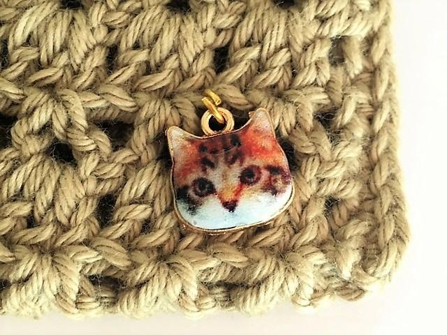 可愛い猫ちゃんのチャームが付いています^^