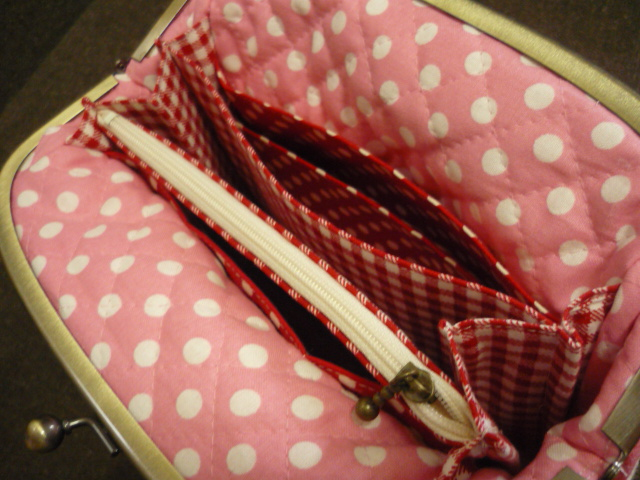 赤色チェックの部分が蛇腹部分で別売り200円の型紙レシピになります。