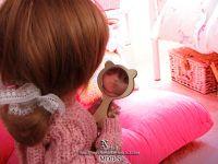 """<br /><a data-flickr-embed=""""true"""" href=""""https://www.flickr.com/photos/150671322@N05/25789828888/in/dateposted-public/"""" title=""""mirro_catb""""><img src=""""https://farm5.staticflickr.com/4719/25789828888_141d03f026_o.jpg"""" alt=""""mirro_catb"""" height=""""600"""" width=""""800""""></a><br /><a data-flickr-embed=""""true"""" href=""""https://www.flickr.com/photos/150671322@N05/39661964661/in/dateposted-public/"""" title=""""mirro_catc""""><img src=""""https://farm5.staticflickr.com/4769/39661964661_84f3ef6254_o.jpg"""" alt=""""mirro_catc"""" height=""""600"""" width=""""800""""></a><br /><a data-flickr-embed=""""true"""" href=""""https://www.flickr.com/photos/150671322@N05/39661965051/in/dateposted-public/"""" title=""""mirro_cat""""><img src=""""https://farm5.staticflickr.com/4713/39661965051_18671b2b35_o.jpg"""" alt=""""mirro_cat"""" height=""""600"""" width=""""800""""></a><br /><br /><br><br>備考:<br>お人形・靴等は含みません。<br>・喫煙者、ペットはおりません。<br>・家庭用ミシンと手縫いで作成した、素人の趣味の手作り品です。<br>細かい作業の所は手縫いの箇所もあります。<br>・ドレスは箱詰めではなく、透明の袋へ入れて紙バックでの郵送にしています。(シンプル梱包です。)<br>・撮影のとき、実際の色にできるだけ近くするように 致しましたが、モニターなどの環境による違いがあります、ご了承ください。<br>以上、ご理解いただきご購入をよろしくお願いします♪<br>ノーク レーム・ノーリターンでお願い致します。"""