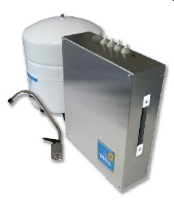 """<p>普段はシンク下に設置して超安全水を生成。災害時にも使用できるように災害用スイッチを標準装備した、業界初の平常時&災害時併用の逆浸透膜(RO膜)浄水器です。</p><p><a href=""""http://plando.co/ysro/"""">⇒詳細はこちらへ</a><br></p>"""
